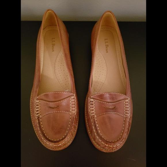 34866ba9e95 L.L. Bean Shoes - L.L. Bean Signature Hand Sewn Penny Loafers Sz 9